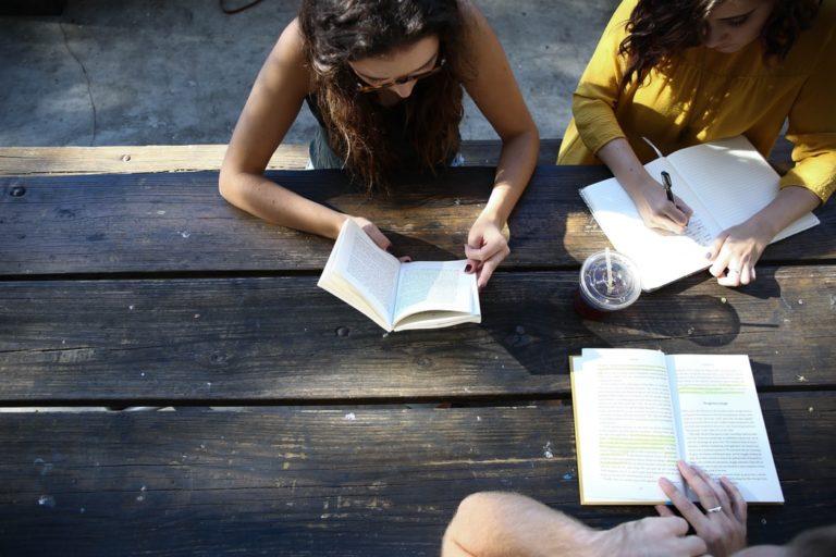Anglais : pour ou contre les listes de vocabulaire ?